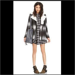 Line & Dot Dresses & Skirts - Line & Dot Plaid Keaton City Dress peekaboo back