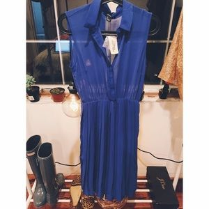 F21 Small Collared Dress