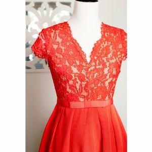 cb68e220a8a Gianni Bini Dresses - Gianni Bini Mistletoe Carina Dress