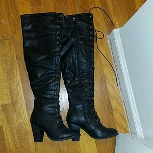 Sexy laced up knee high winter boots heeled size 7