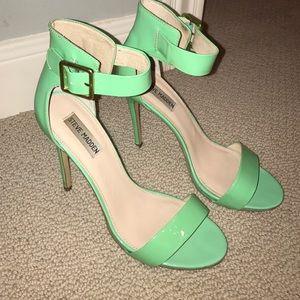 Steve Madden Shoes - Steve Madden heels. Heel is 3.5-4 in