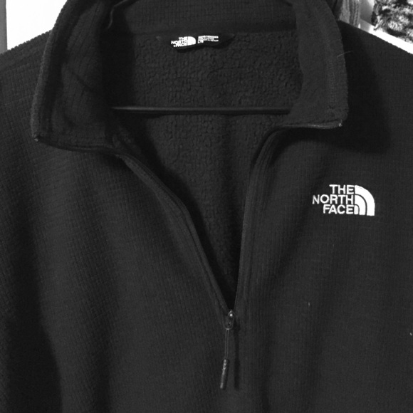 679c5cfa2 Men's North Face 1/4 zip waffle fleece