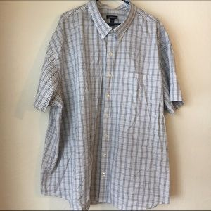 Van Heusen Other - Van Heusen Short Sleeve Men's Dress Shirt