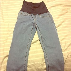 Gap Size 28r maternity jeans
