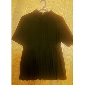 COS pleated top