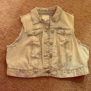 Jackets & Blazers - Torrid 1X jean vest with beaded skull