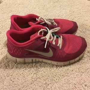 33 nike shoes grey camo nike roche one sneakers