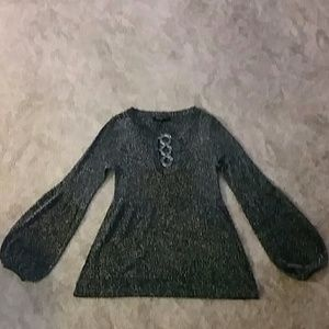 METALLIC KNIT TOP EXCELLENT CONDITION