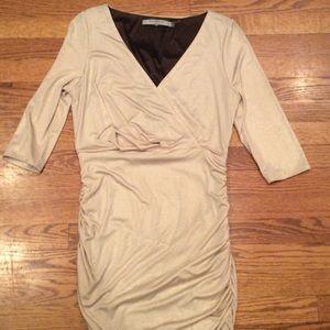 Marc Jacobs Dresses & Skirts - Marc Jacobs size 6 gold shimmer dress