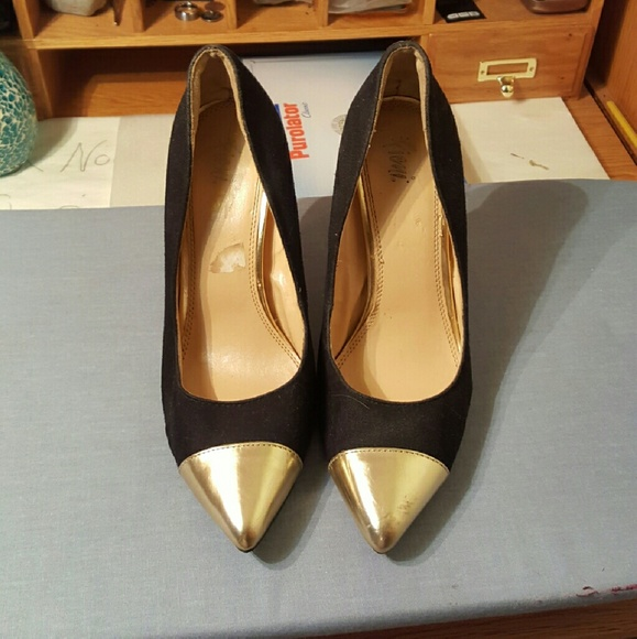 b2f68dd6522 fioni Shoes - Fioni black suede heels with gold tips.