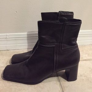 Shoes - Chocolate Brown Nine West Boots