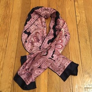Accessories - Vintage silk scarf made by Filenes