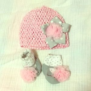 Other - Baby girl hat & matching socks