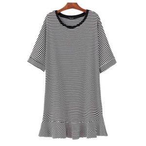 Goodnight Macaroon Dresses & Skirts - NWT Goodnight Macaroon striped flare skirt dress