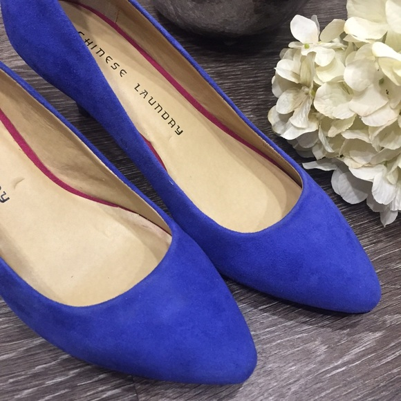 Chinese Laundry - Blue Suede Kitten Heel Pumps, Size 6.5 from ...
