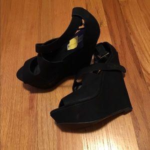 Steve Madden platform heels.