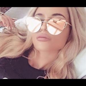 Rose Gold Hardware Cat Eye Sunglasses