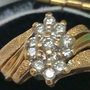 Jewelry - Estate 14k yellow gold  .24ctw diamond ring