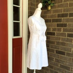 Jessica Howard Dresses & Skirts - White Spring Dress With Bow