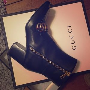 GUCCI leather ankle boots 👢Like NEW!