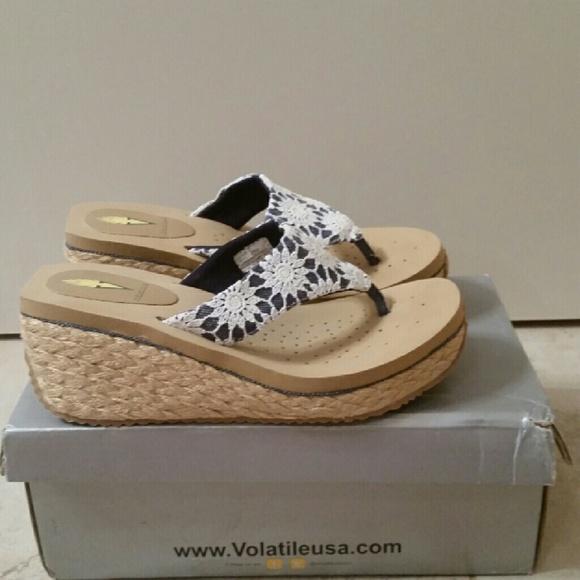 8b55d15f0 Volatile verdant sandals 7
