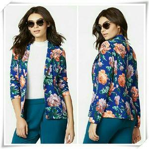 JustFab Jackets & Blazers - 🍉☄Printed blazer jacket with long sleeves.