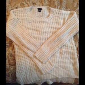 Worn 1x off white crew neck sweater make an offer