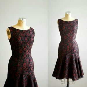Vintage 1950s cocktail dress with red lace ribbon
