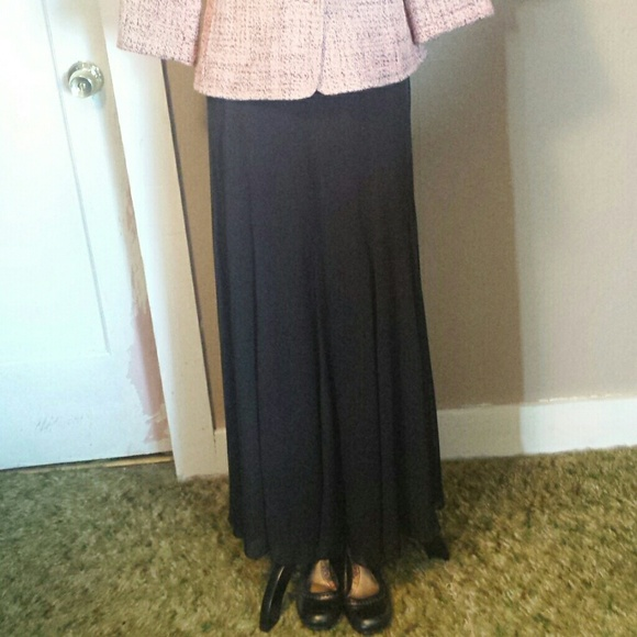 Patra - Patra Flowing A-line Black Skirt Size 16 from Nicole's ...