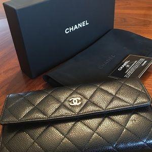 CHANEL Handbags - Authentic Chanel Wallet