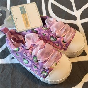 Vitamins Baby Other - NWT Vitamins 9-12mo soft soled shoes, baby girls