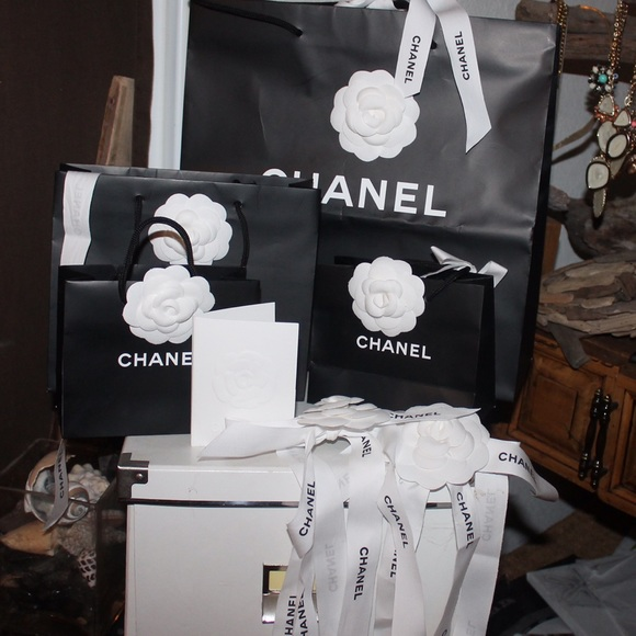 06d0842f9ebff3 CHANEL Bags | Authentic And White Flower Ribbons | Poshmark