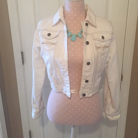 No Boundaries - Juniors Cream colored Denim jacket from Tonya's ...