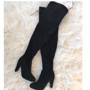 Shoes - Black Thigh High Boots👢
