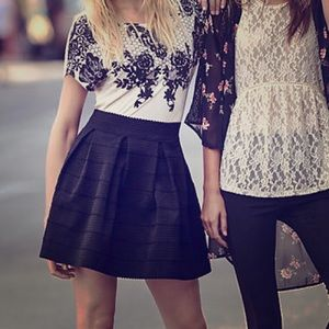 Express Black High Waisted Full Skirt