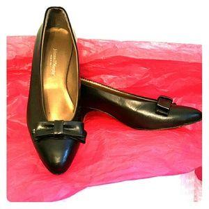 Johnston & Murphy Shoes - Johnston & Murphy black bow tie vintage Italy