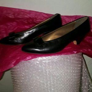 e16e94d874a Johnston   Murphy Shoes - Johnston   Murphy black bow tie vintage Italy