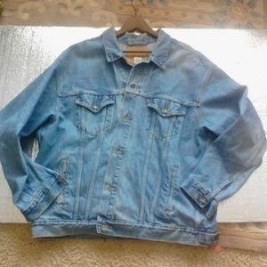 Levi's Other - LEVIS denim relaxed TRUCKER jacket RED TAG / Big E