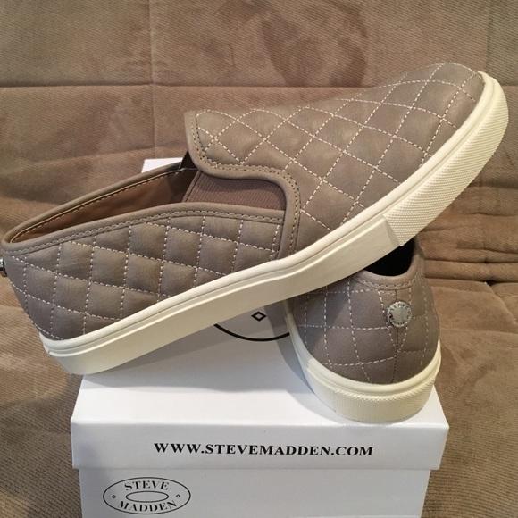 25435e879326 Steve Madden Shoes   Ecentrcq Grey 85   Poshmark