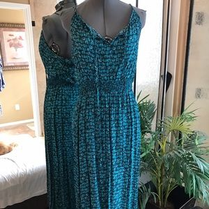 Dresses & Skirts - Turquoise green and black maxi dress