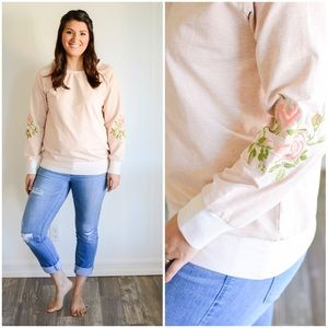 Tops - 🎉Sweater sale!🎉💕Embroidered Floral Long Sleeve