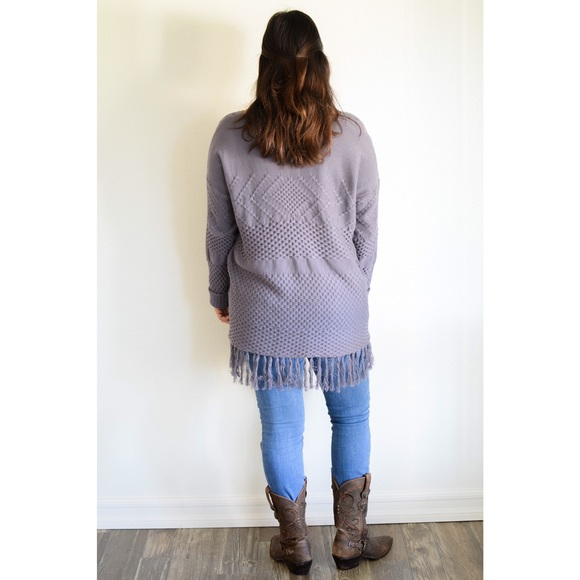 Sweaters - 🎉Sweater sale!🎉Smoke Knit Fringe Sweater