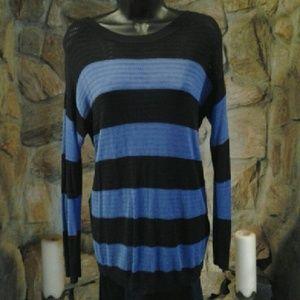 AB Studio Sweaters - 🇺🇸SALE🇺🇸 Studio sz med sweater button back