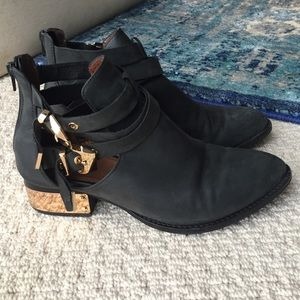 Jeffrey Cambell Black Washed Gold Buckle boot, 7.5