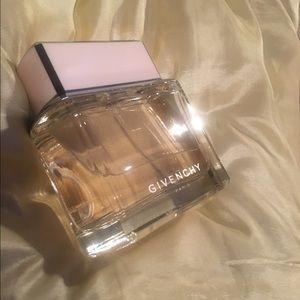 Givenchy Dahlia Noir EDT 2.5oz/75ml