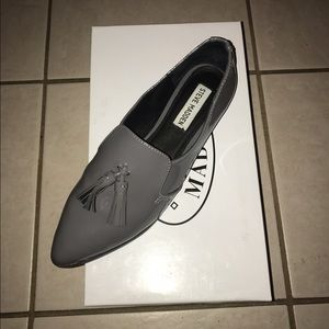 SOLD! Grey Patent Leather Steve Madden loafers