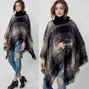KASIA checker print poncho - BLACK/GREY