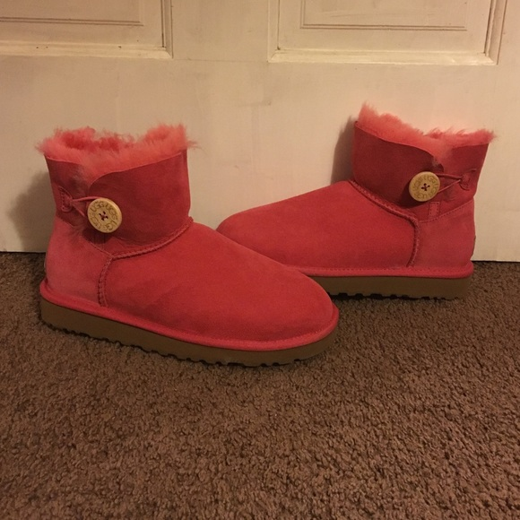 ff55c4c5ab9 Mini Bailey Button New Pink Ugg Boots