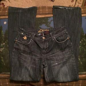 Dereon Denim - DEREON* dark wash boot cut jeans sz9/10
