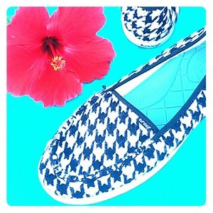 Reef Shoes - Reef Black White  Flats 9